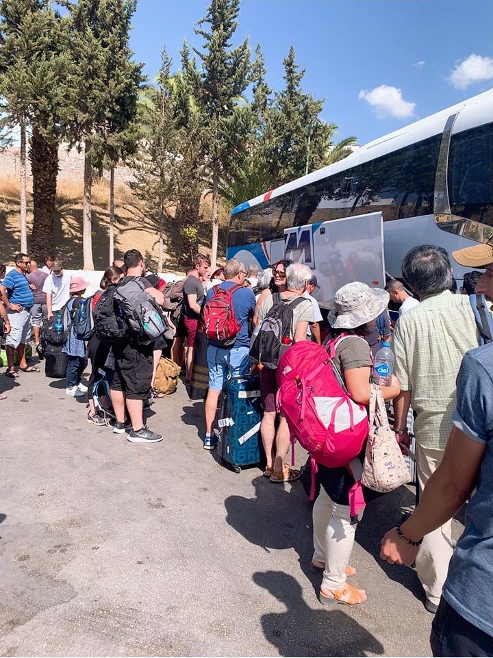 モロッコ シャウエン CTM バス 混雑