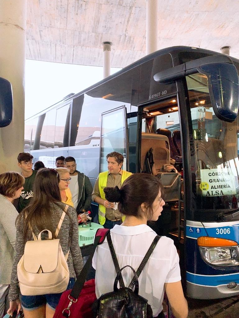 コルドバ バスターミナル alsa グラナダ