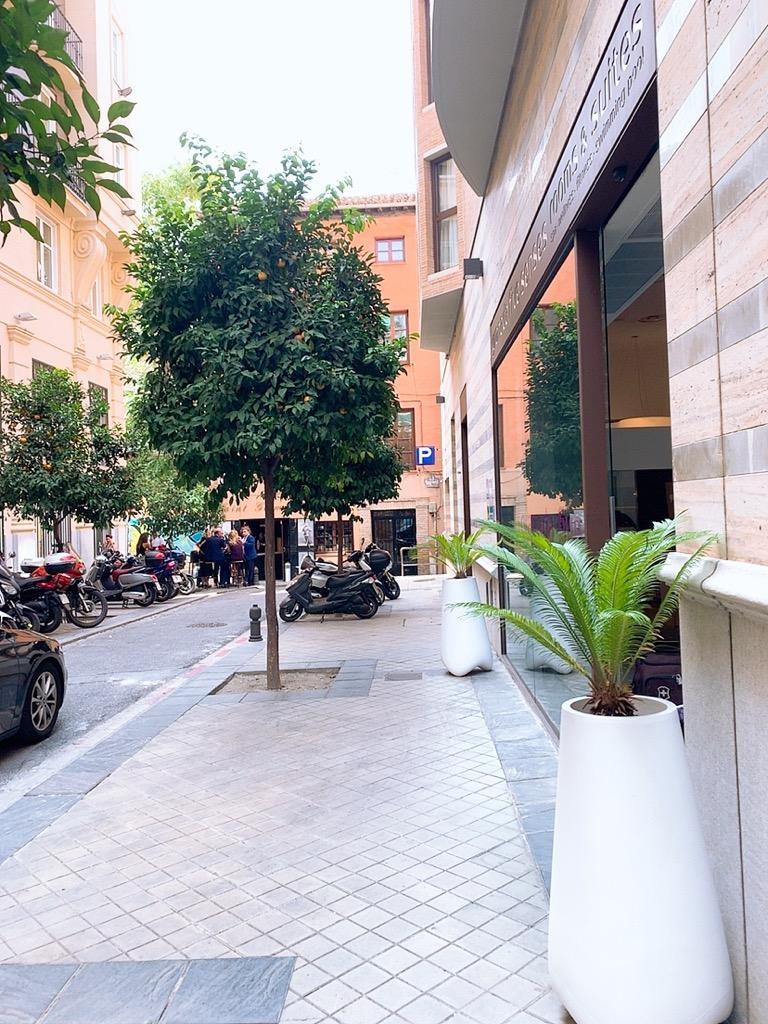スペイン グラナダ ホテル 入口 グラナダ ファイブ センス ルーム&スイート Hotel Granada Five Senses Rooms & Suites