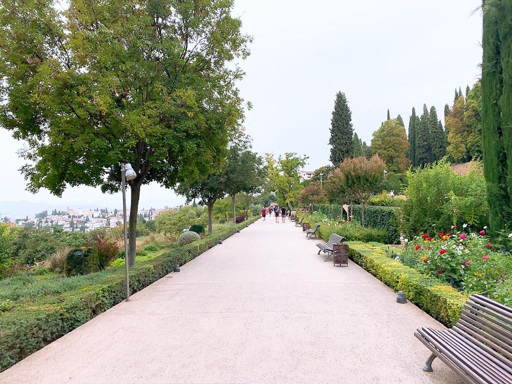 アルハンブラ宮殿 庭園 観光 おすすめ