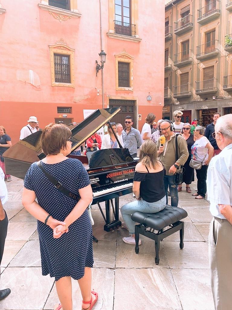 グラナダ大聖堂 ピアノ 演奏