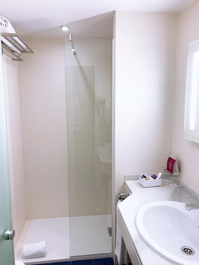 スペイン グラナダ ホテル バスルーム シャワー グラナダ ファイブ センス ルーム&スイート Hotel Granada Five Senses Rooms & Suites