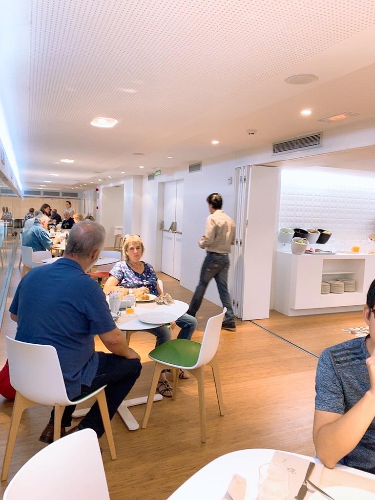 スペイン グラナダ ホテル 朝食 グラナダ ファイブ センス ルーム&スイート Hotel Granada Five Senses Rooms & Suites