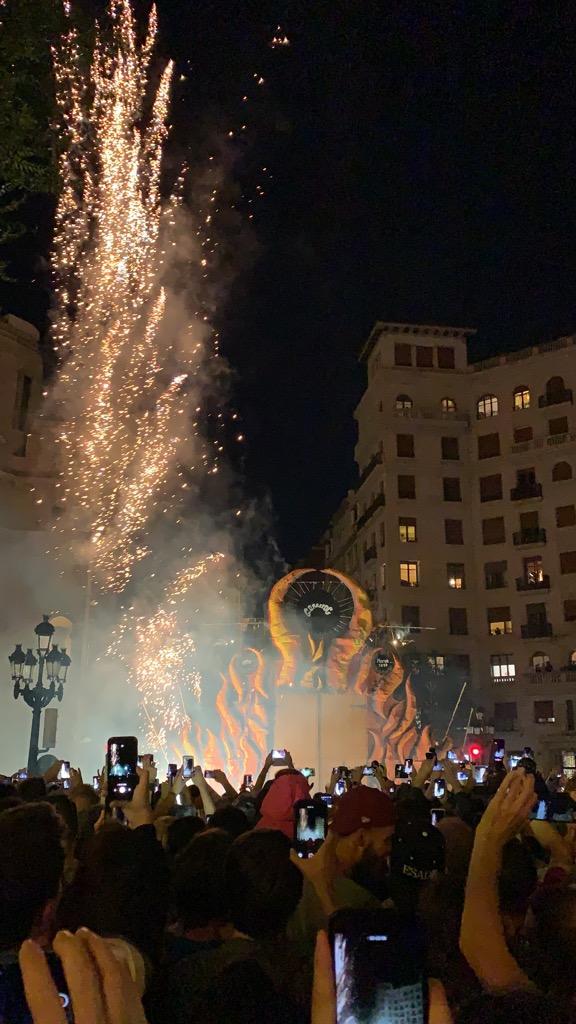 スペイン バルセロナ メルセ祭り 火祭り Correfoc コレフォック