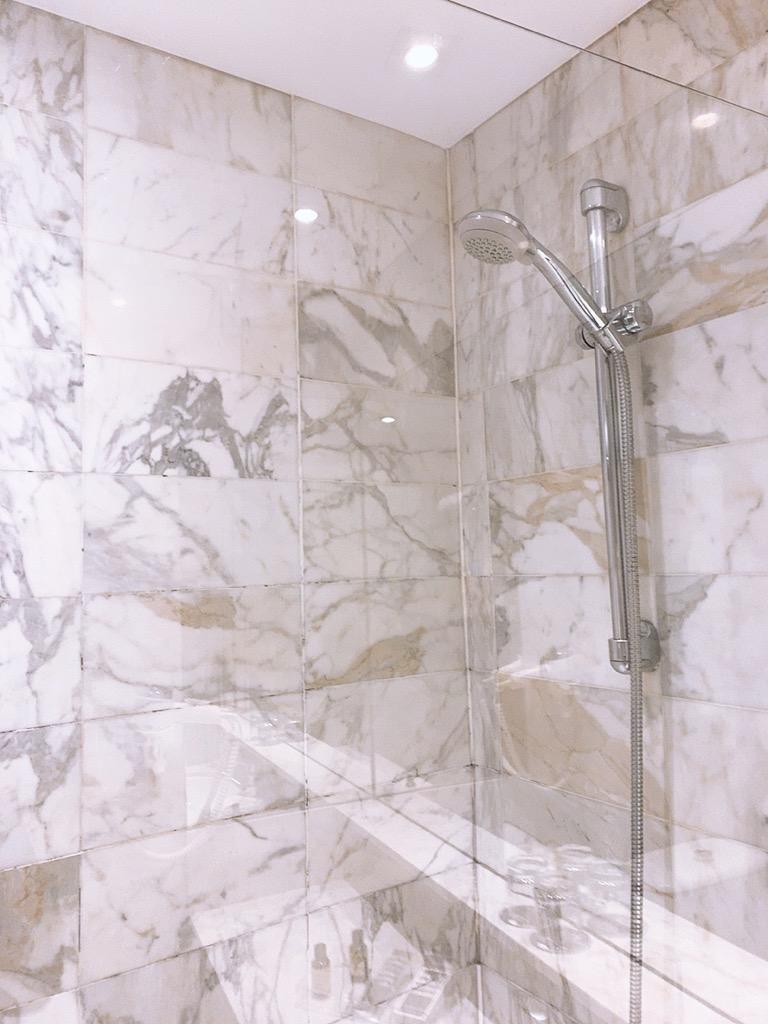 スペイン バルセロナ ホテル おすすめ シャワー