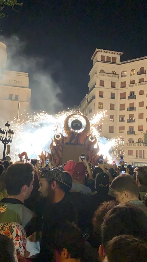 スペイン バルセロナ メルセ祭り 火祭り Correfoc コレフォック 花火