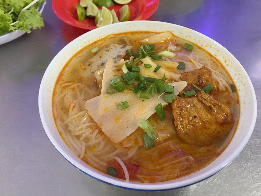 ブンチャーカー Bún Chả Cá ベトナムフード ダナン料理 おすすめ