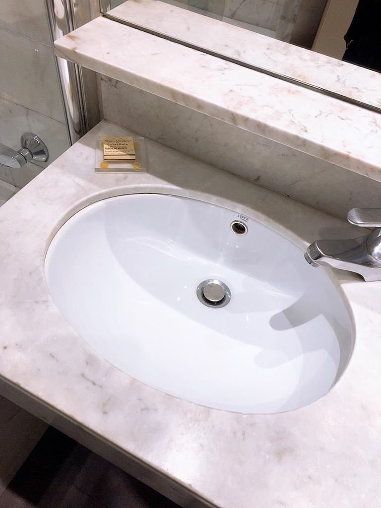 スペイン バルセロナ ホテル おすすめ バスルーム