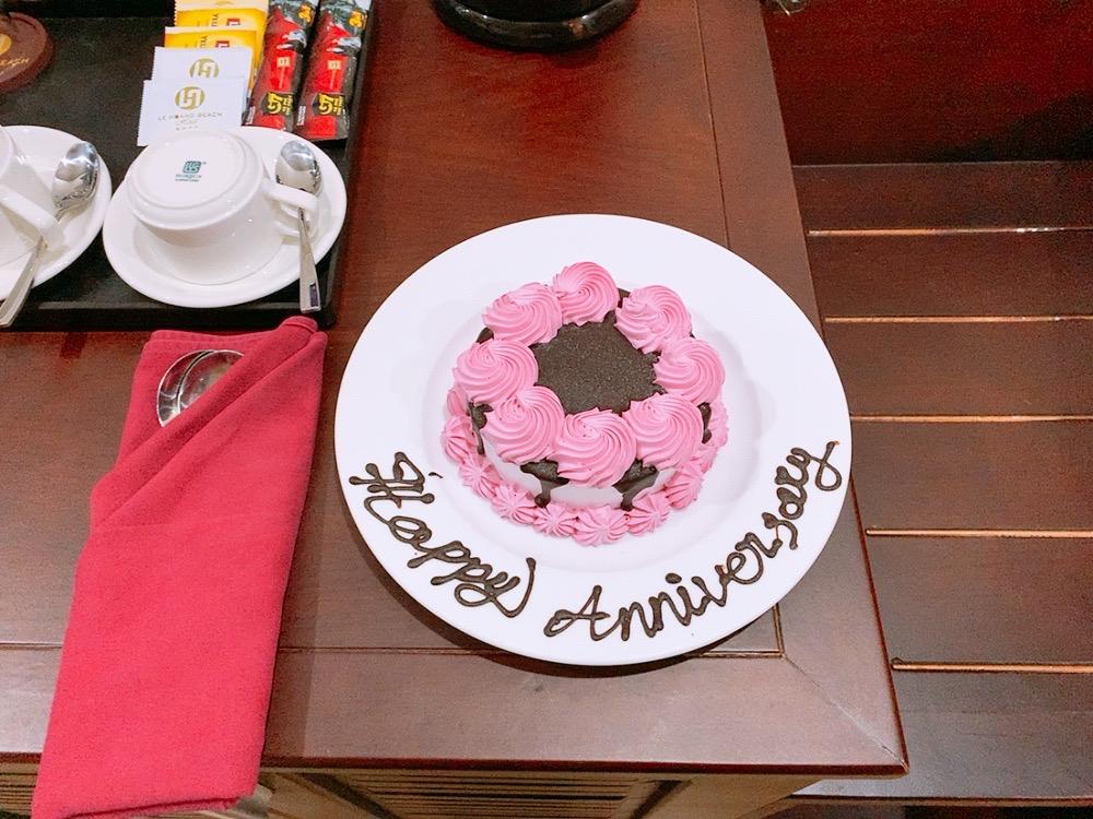 ダナン オススメ ホテル ミーケビーチ ビーチ沿い 記念日 ケーキ