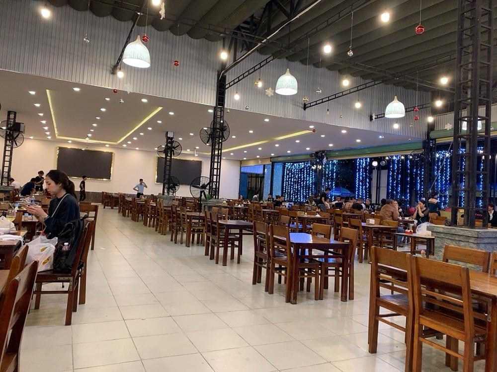 ダナン シーフード ローカルフード 安い LAO DAI レストラン 食事 おすすめ