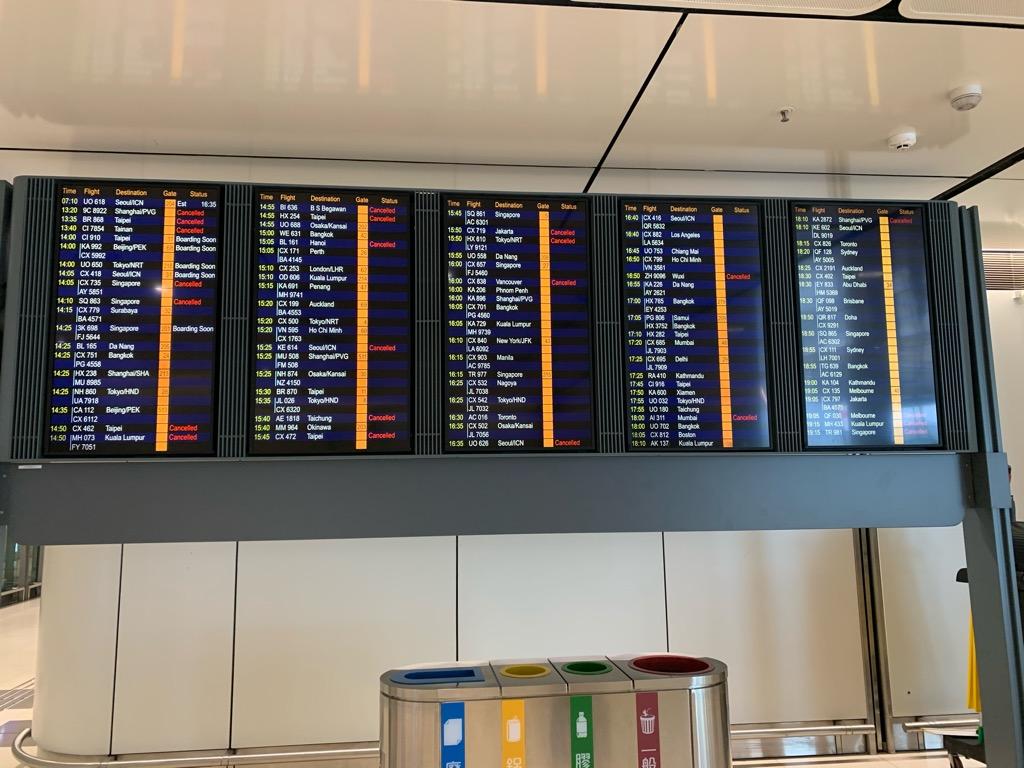 2020年2月 香港 空港 様子 コロナ 影響 トランジット 乗り継ぎ