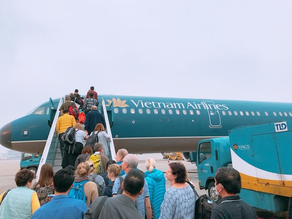 ノイバイ空港 国内線 搭乗 ベトナム航空