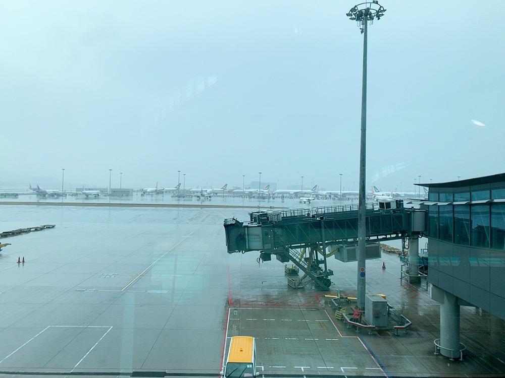 香港空港 トランジット コロナウイルス