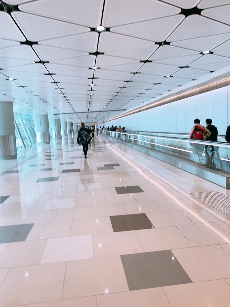 コロナ 香港 空港 2020年 2月 香港空港 乗り継ぎ