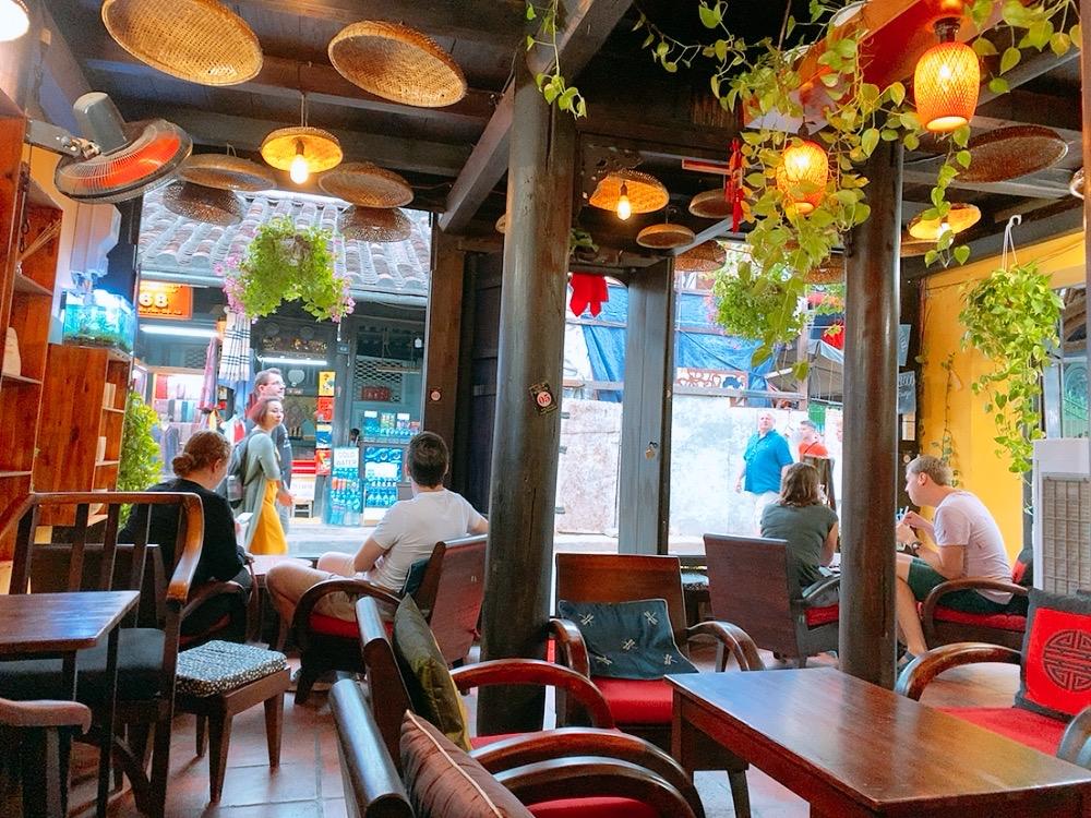 ホイアン カフェ コーヒー レストラン