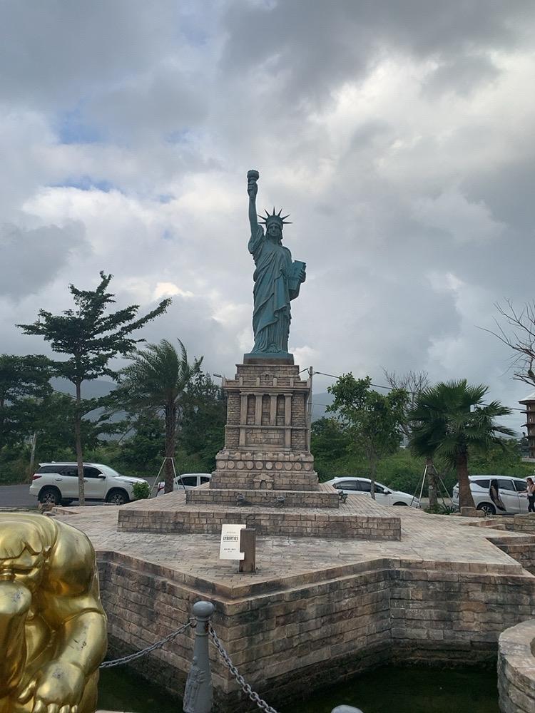 ダナン ワンダーパーク 観光地 オススメスポット おすすめスポット 自由の女神 穴場 観光