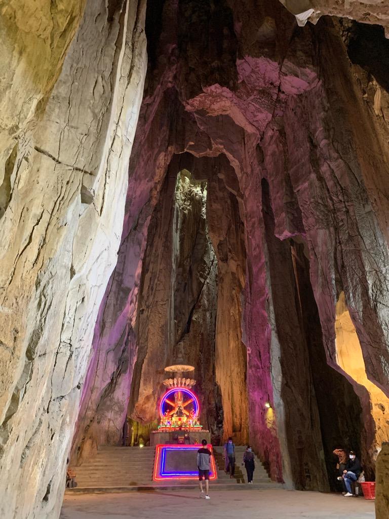 五行山 行き方 ハード 歩く 服装 アンフー洞窟