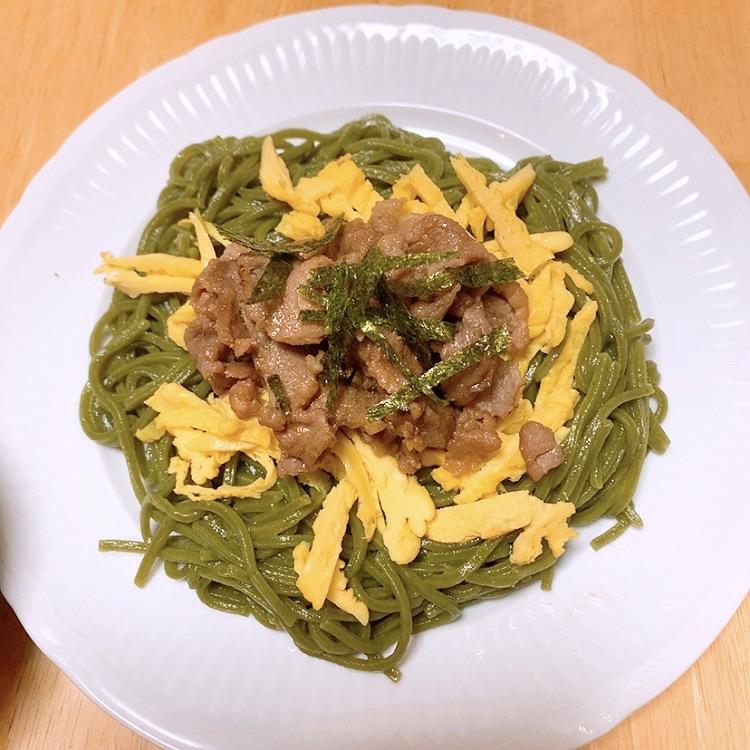 瓦そば うどん 緑色の麺 そば 代用 代替